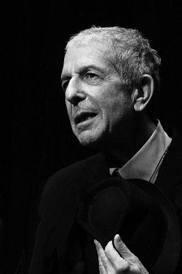 267px-Leonard_Cohen_2187-edited